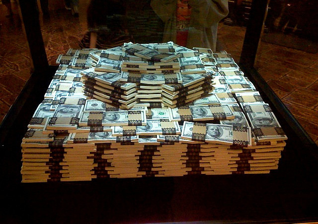 Elijah Young What Would U Do If U Had A Million Dollars Cash